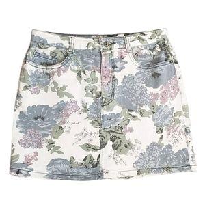 UO Kimchi Blue Floral High Rise Mini Skirt
